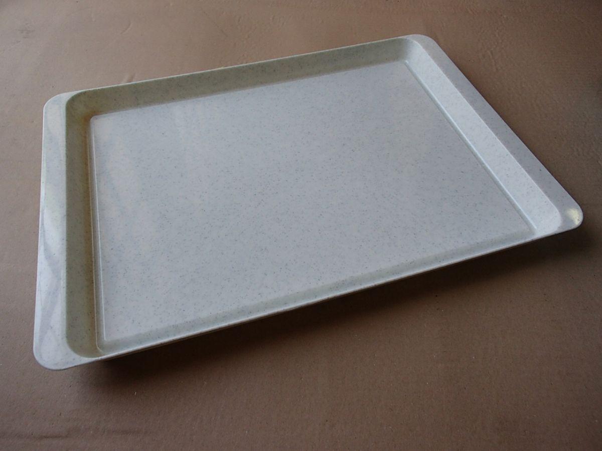 podnos jídelní 50 x 34 cm ABS
